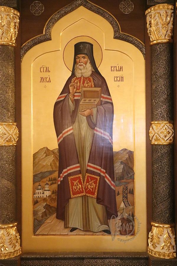 Иконостас в храме в честь Новомучеников и Исповедников Российских в г. Норильск 2019г.