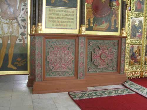 Иконостас в храме в честь иконы Утоли моя печали